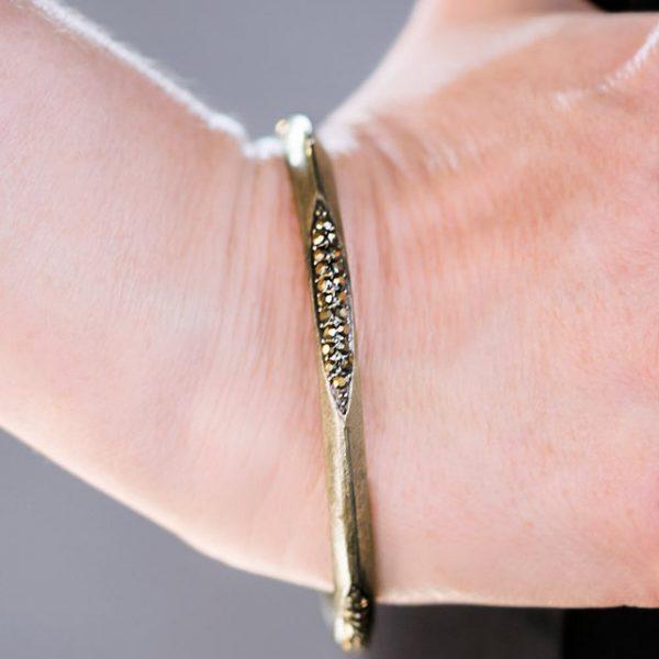 18943_1Mainimage-bracelet-mag-may_1.jpg.960x960_q85